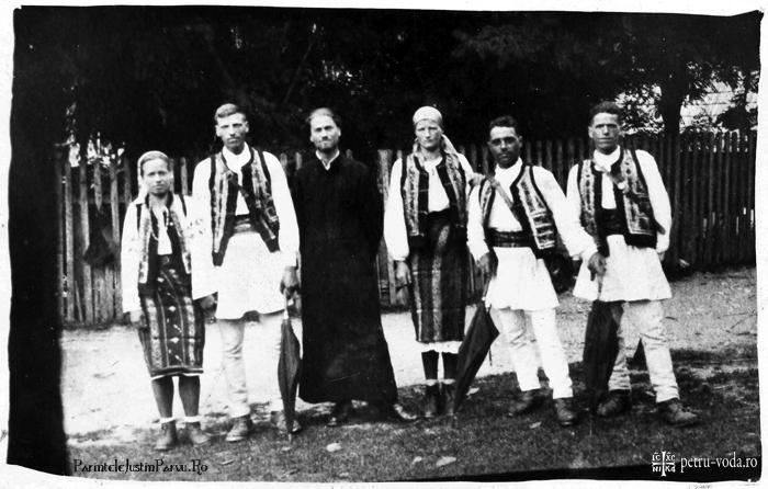Parintele Justin Parvu in anul 1945 - ParinteleJustinParvu Ro
