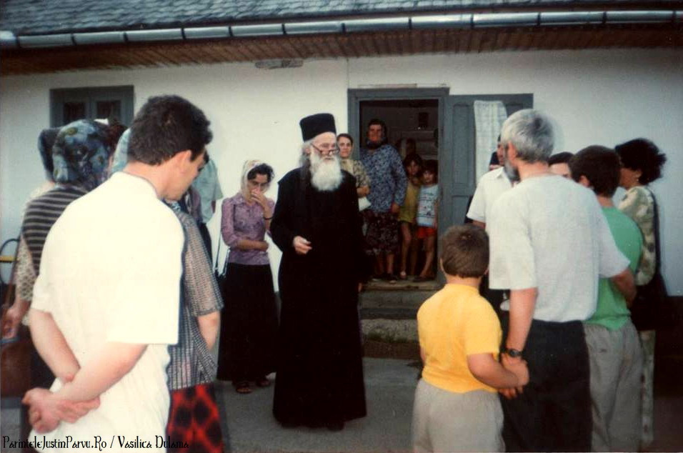 Parintele Justin Parvu Ro - Manastirea Petru Voda - Foto Arhiva 11