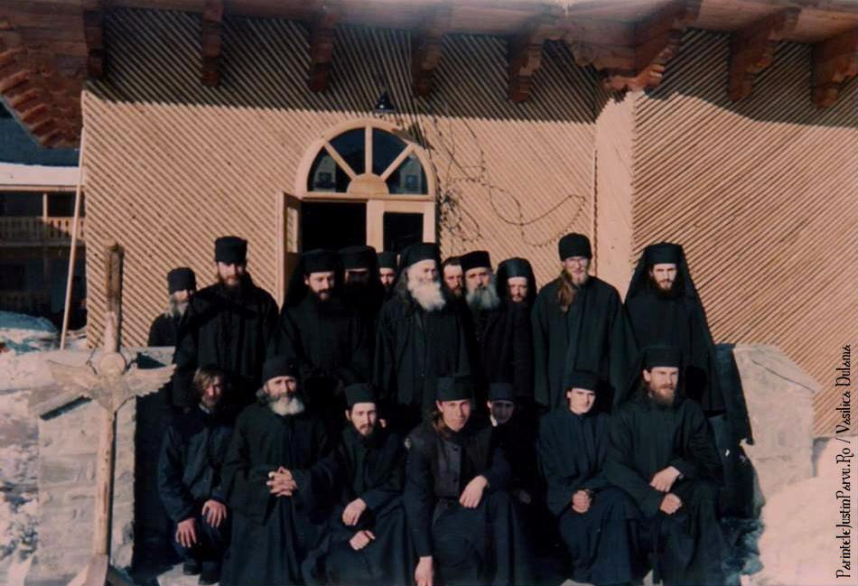 Parintele Justin Parvu Ro - Manastirea Petru Voda - Foto Arhiva 20