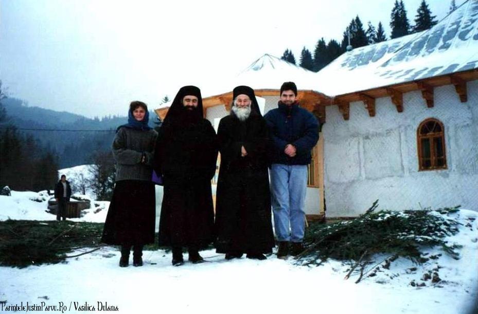 Parintele Justin Parvu Ro - Manastirea Petru Voda - Foto Arhiva 3