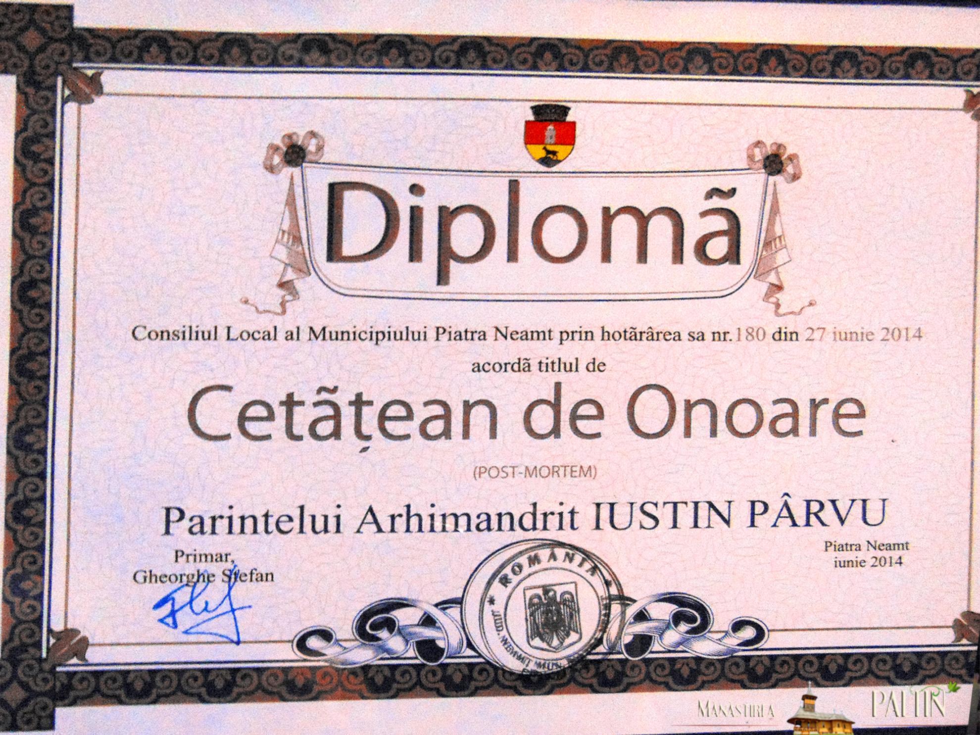 ceremonie_titlu_cetatean-de-onoare-Parintele-Justin-Piatra-Neamt 2