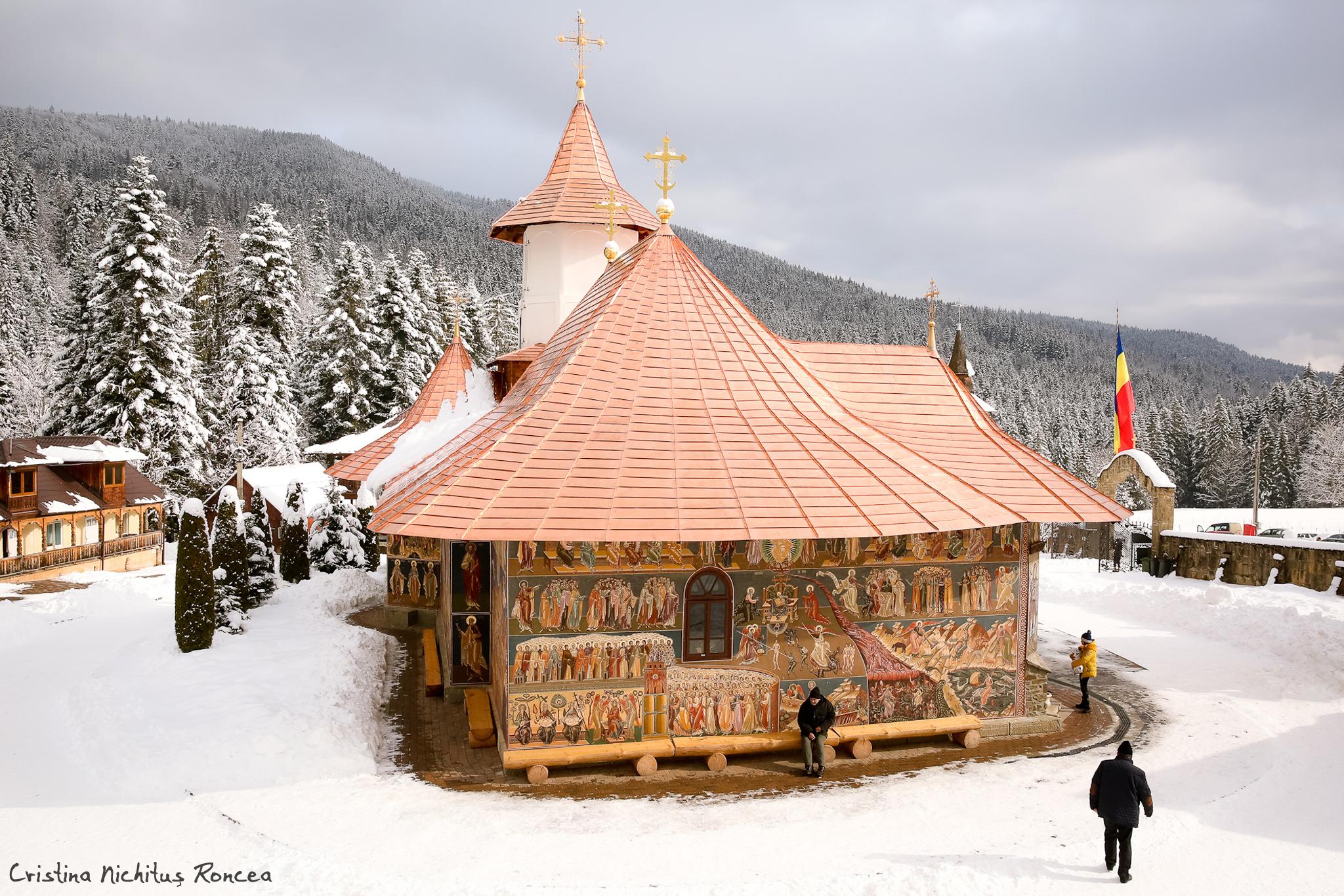 Manastirea Petru-Voda - foto Cristina Nichitus Roncea